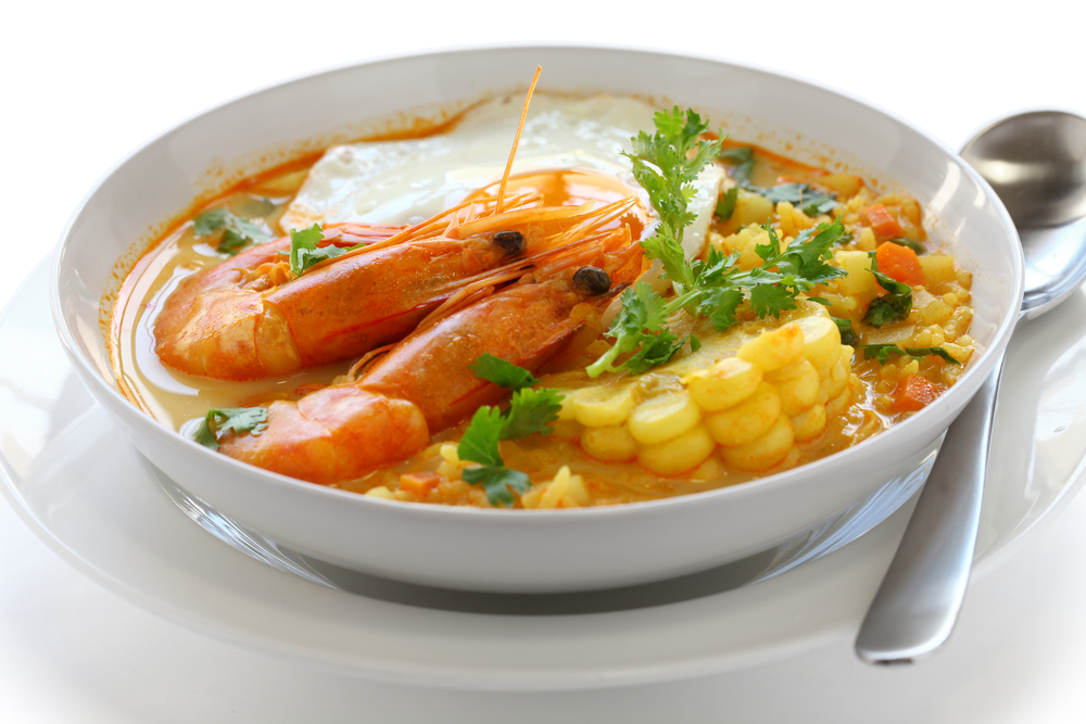 Chupe Chileno consisting of shrimp, corn and eggs