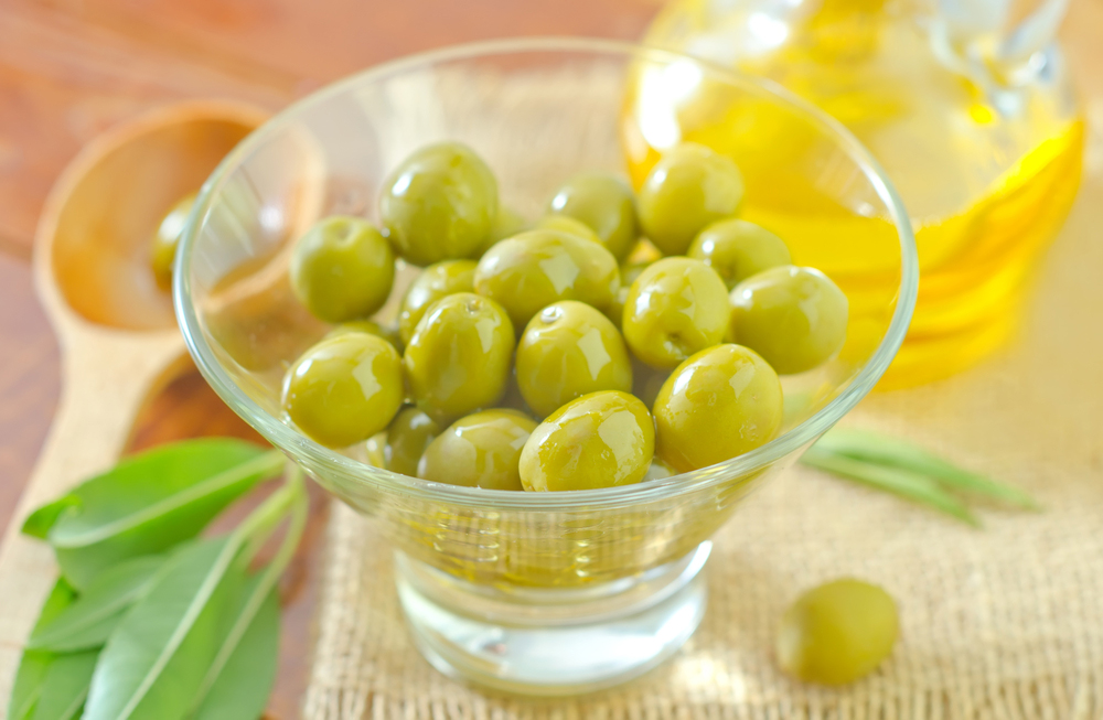 Manzanilla Spanish Olives in an olive bowl