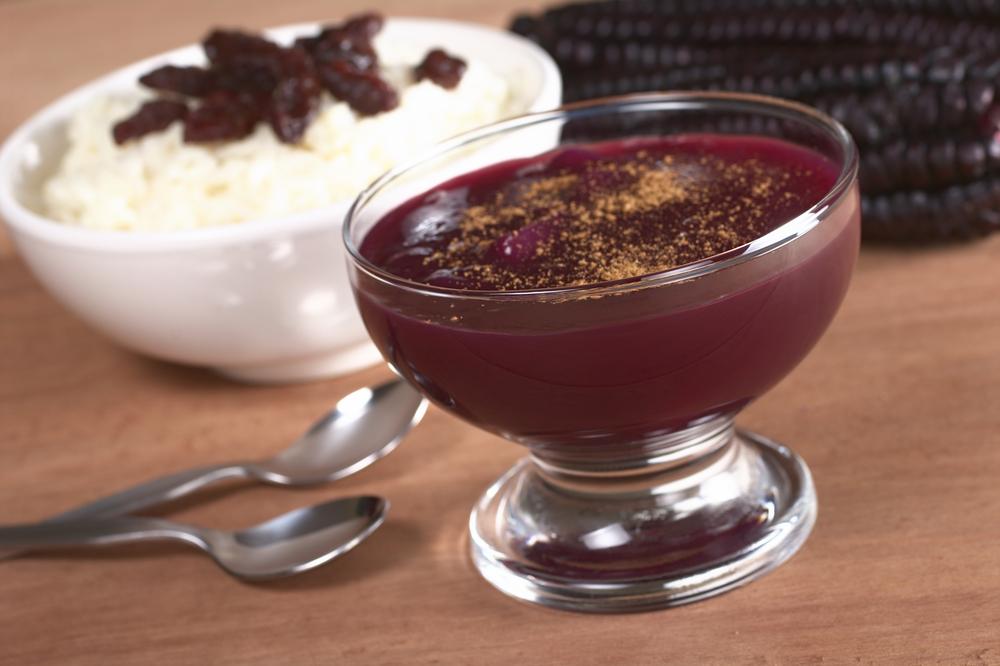 Mazamorra Morada and arroz con leche pervivan desserts sol y sombre