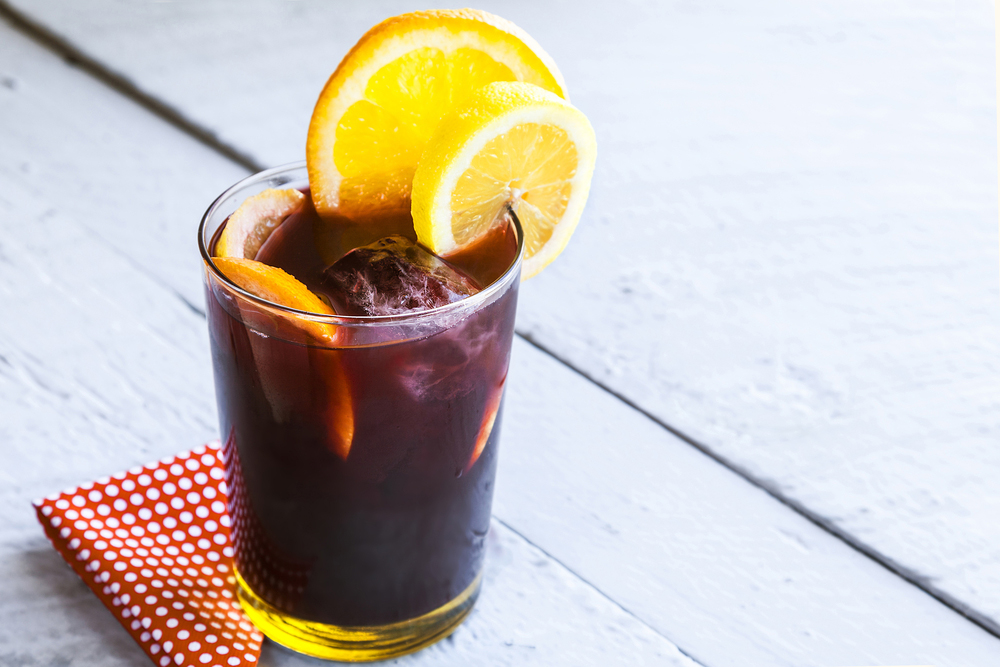 Tinto deVerano Spanish drink with orange wedges on table