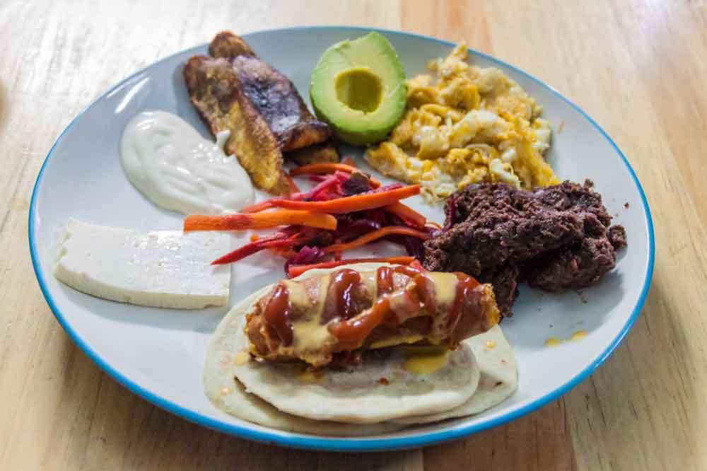 Honduran Plato Topic served on white plate