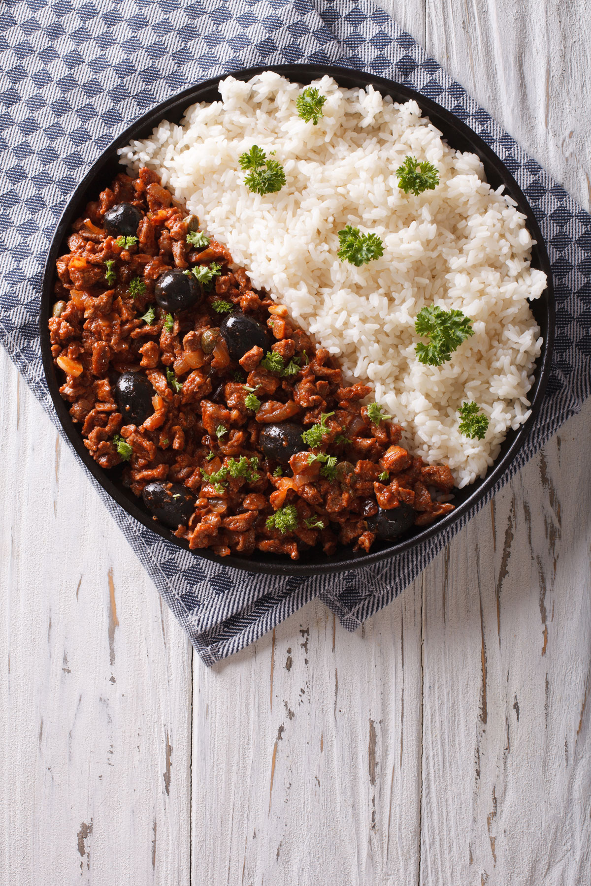 Classic Picadillo a la habanera with rice
